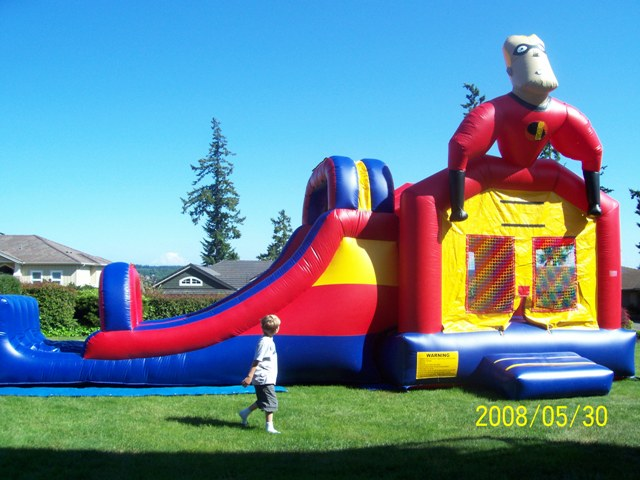 Incredible Bounce House - SEATTLE